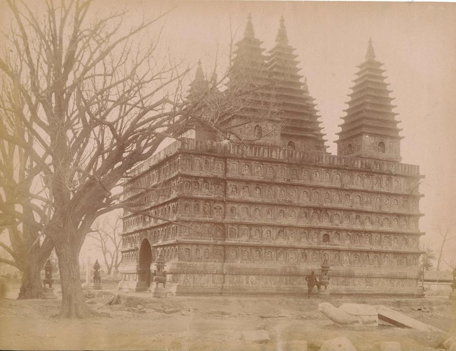 Original photo of Lama Temple Peking China