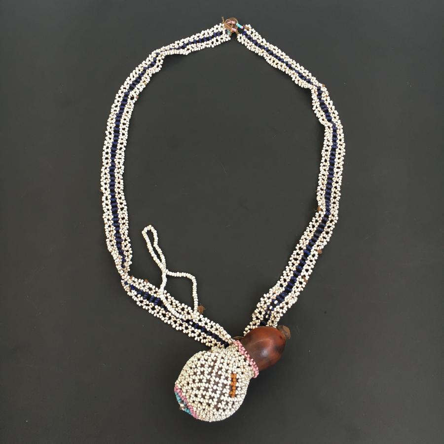 Good Zulu Snuff Gourd with bead Decoration