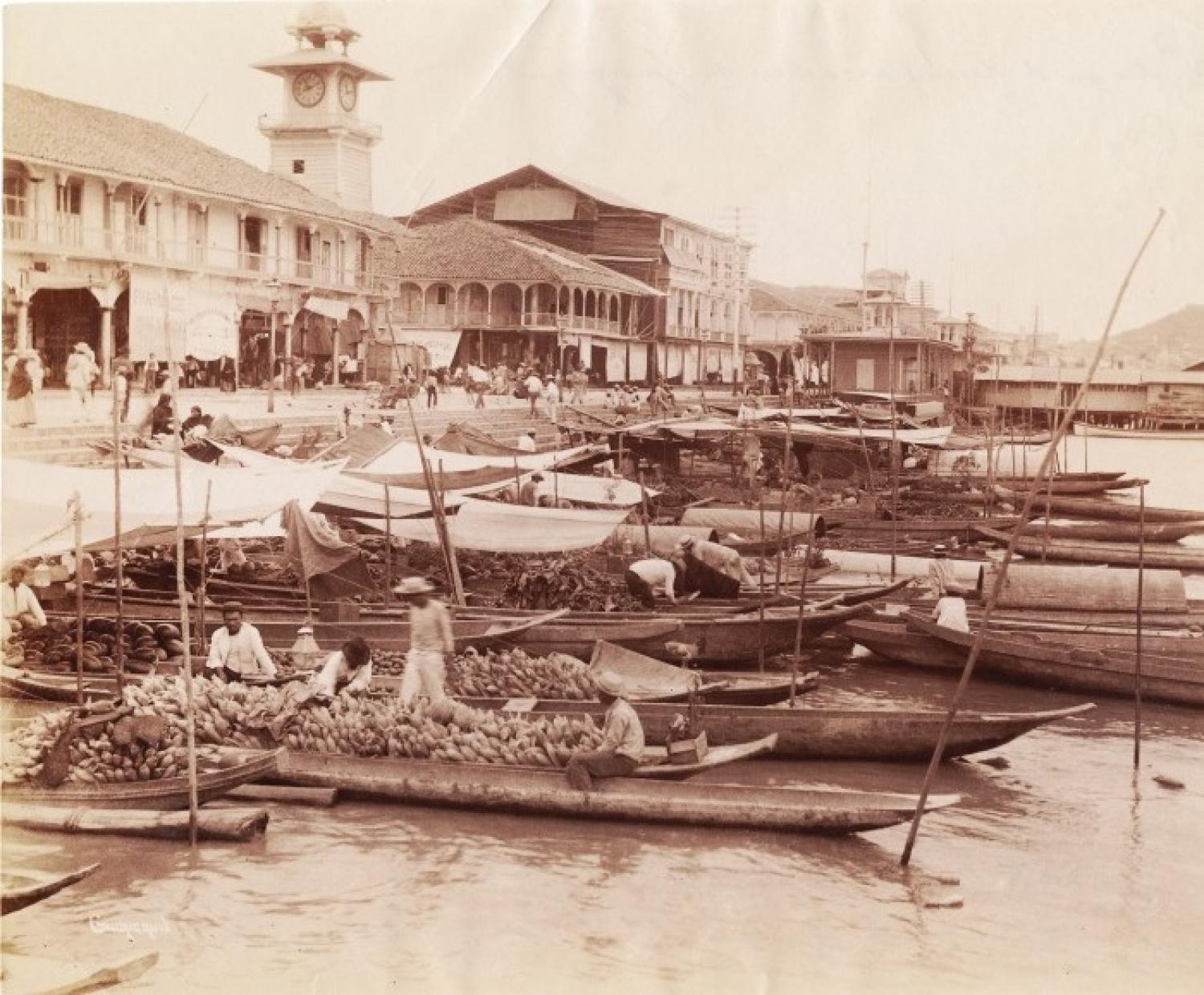 FruitSellers in Boats Guayaquil. Ecuador C188