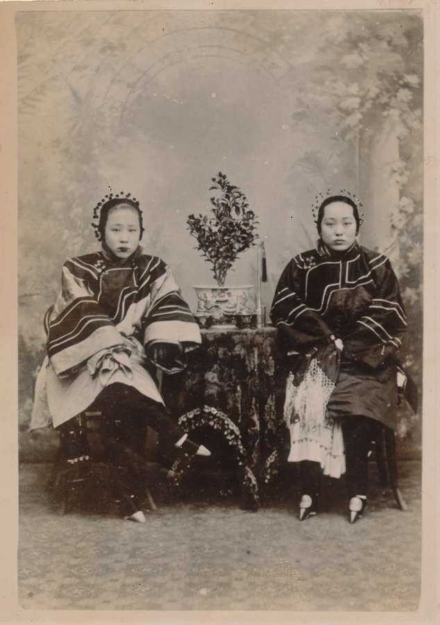 Two Chinese bound feet Women C1895