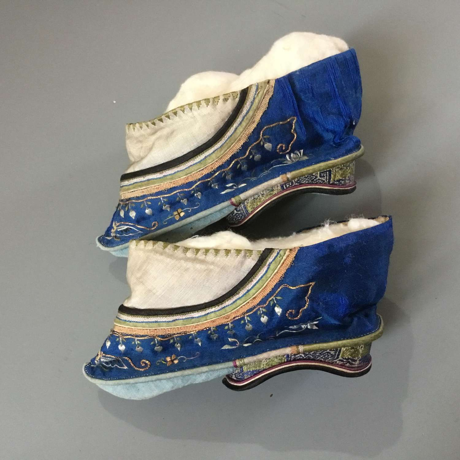 Fine Antique Chinese Silk Embroidered Bound Feet Shoes