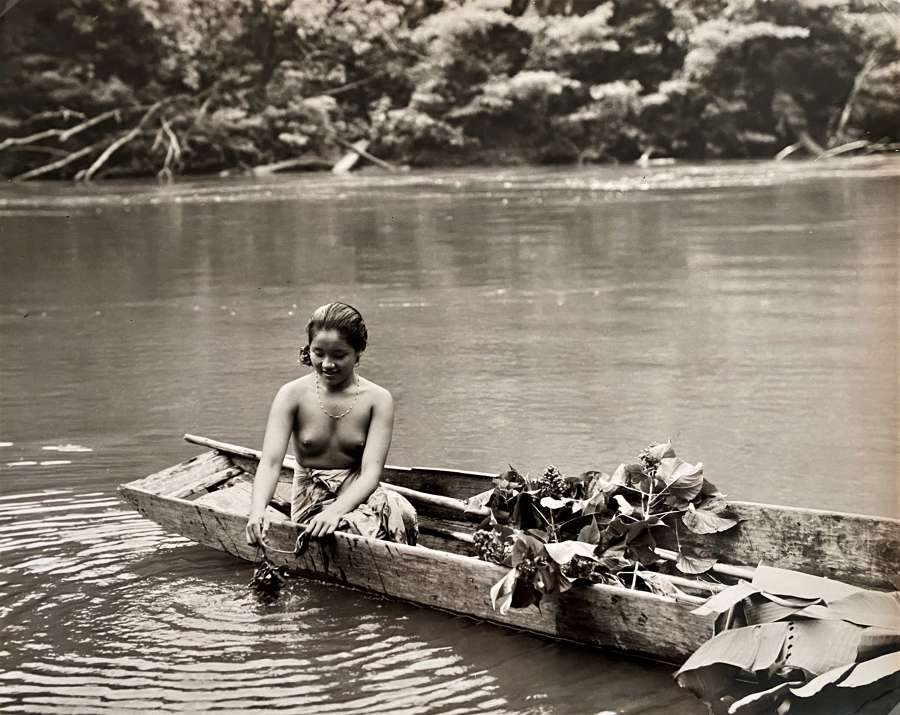 Borneo Girl Indonesia C1950-60