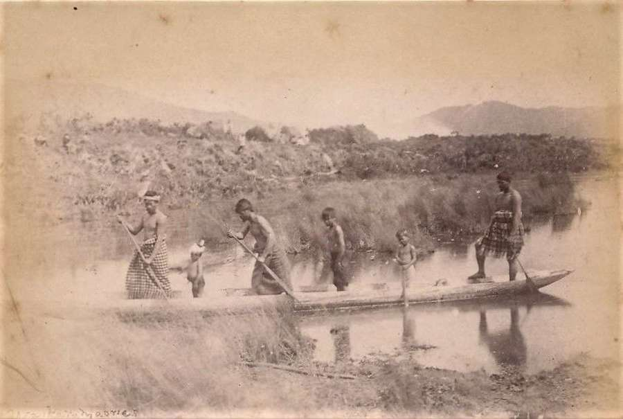 Photo of Waikalo  Maoris &  Canoe  New Zealand C1885