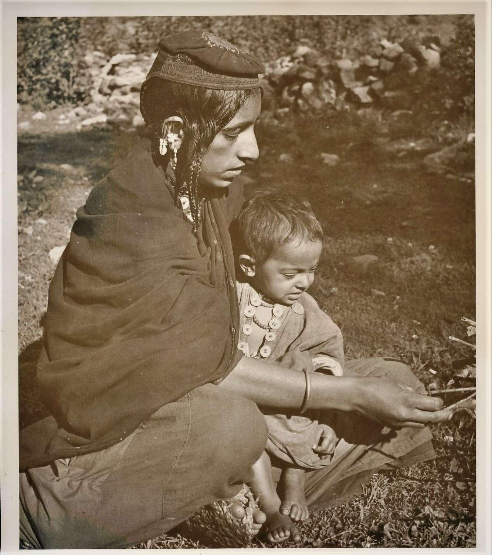 Mother & Child Kashmir ? India  C1920