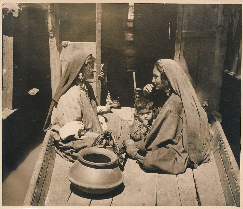 Native Women in Kashmir ? India C1920